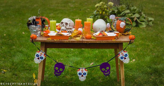 Halloweeni laud Retseptisahtel