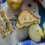 Rukkisepiku võiku kalkunisingi, õuna, õunasiidrise majoneesi ja ökojuustuga - Retseptisahtel