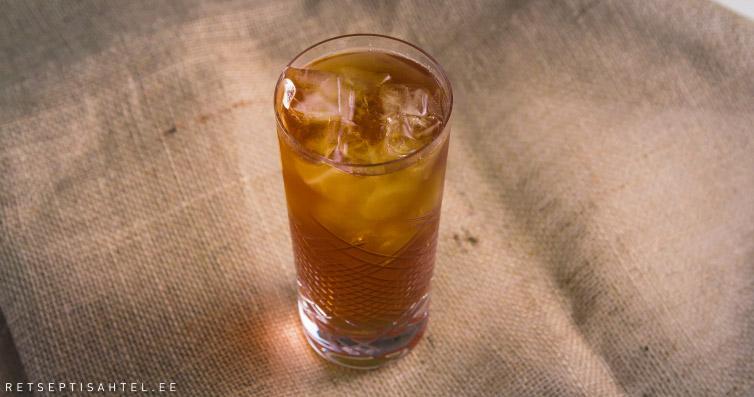 Jäätee kokteil virsiku likööriga Retseptisahtel