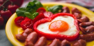 Viinerid muna ja paprikaga Retseptisahtel