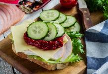 Saleneja särtsakas singi-juustu võileib - Retseptisahtel