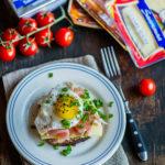 Tõhus hommikusöögileib toorsuitsusingi, praemuna ja juustuga - Retseptisahtel.ee