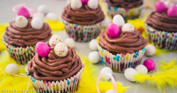 Muffinid šokolaadikreemiga Retseptisahtel