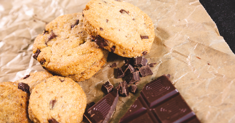 Küpsised šokolaaditükkidega