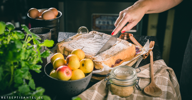 Biskviitkattega õunakook